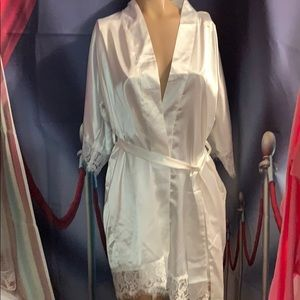 New White sexy lace robe size small